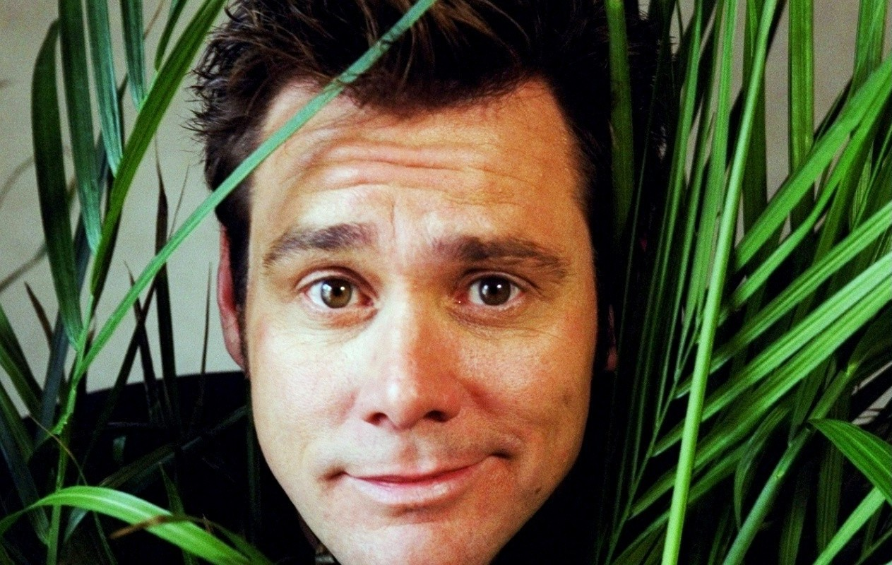 """Actor Jim Carrey at the Regency Hotel. He's starring in the new movie, """"Me, Myself and Irene."""""""