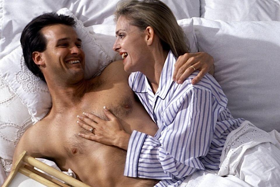 Женится голые муж и жена считаю