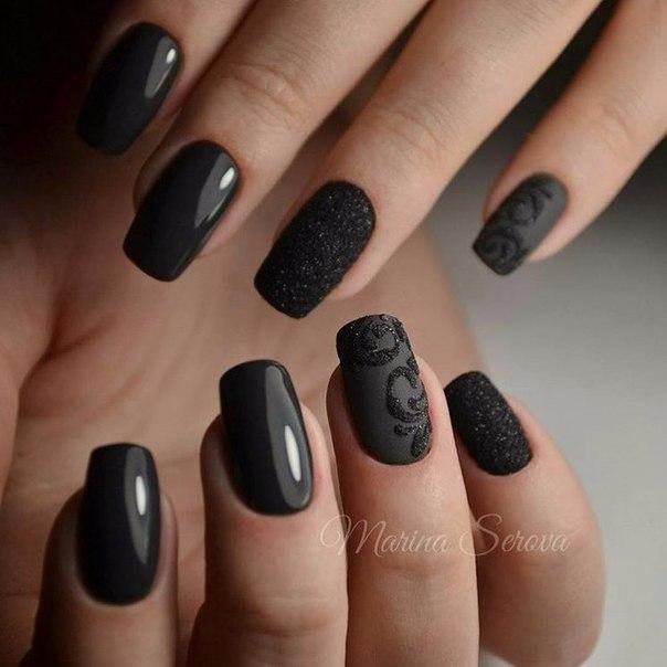 Красивые чёрные ногти